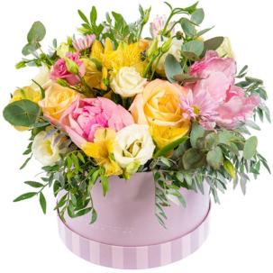"""Цветы в коробке """"Единственная"""""""
